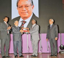 chartered accountants inducted to CA Sri Lanka hall of fame